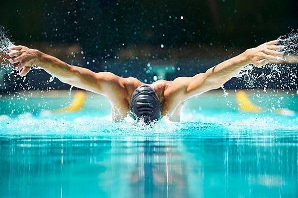 Giải mã giấc mơ thấy đi bơi đánh con gì? Điềm báo thế nào?  91656843