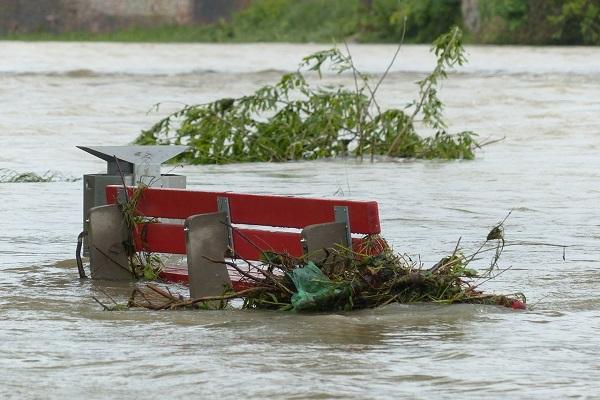Mơ thấy lũ lụt là điềm báo gì? Đánh đề bao nhiêu?-3